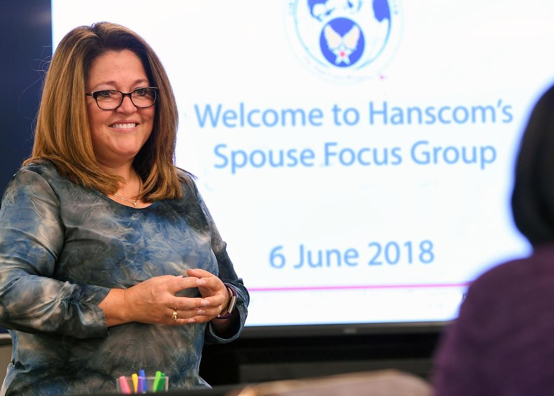 Focus group explores retaining Airmen