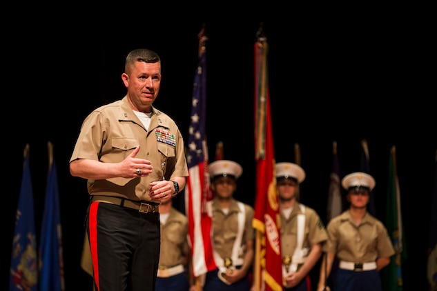 Bierman assumes command of MCRC > Marine Corps Recruiting