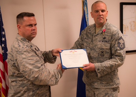 Senior Master Sgt. receives Bronze Star Medal