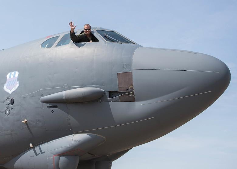 Col. Neuman's final flight