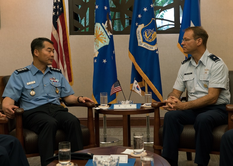 Republic of Korea Air Force (ROKAF) Brig. Gen Seung Bae Kong (left), ROKAF Academy deputy superintendent, and U.S. Air Force Brig. Gen Stephen Williams (right), Pacific Air Forces director of air and cyberspace operations, discuss goals of a ROKAF Academy cadet visit to Joint Base Pearl Harbor-Hickam, Hawaii, June 5, 2018. The visit is an opportunity for the cadets to learn how PACAF operates and gain a better understanding of the Indo-Pacific region and the importance of the U.S.-ROK alliance. (U.S. Air Force photo by Staff Sgt. Daniel Robles)