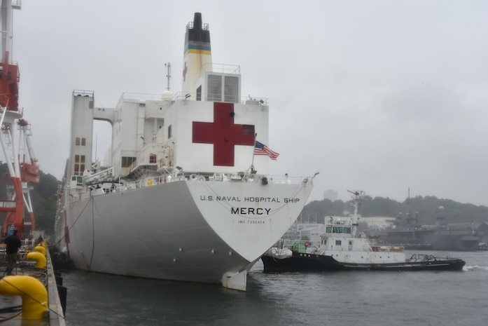 USNS Mercy arrives in Japan for port calls