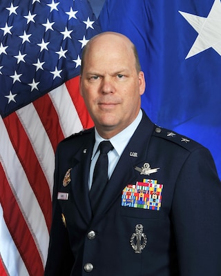 Major General Stephen L. Davis Bio Photo