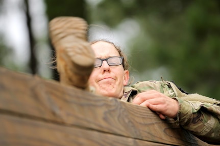 2018 Army Reserve Best Warrior:  Obstacle Course
