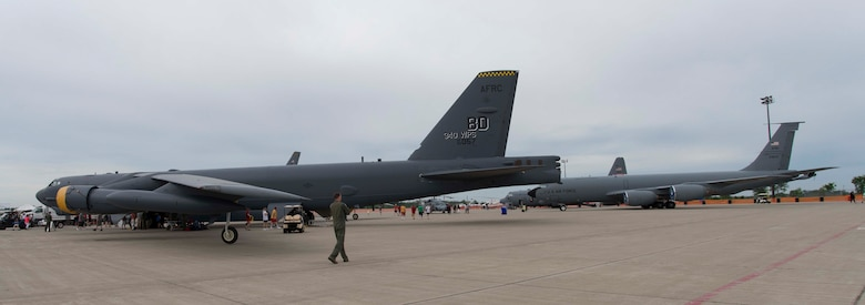 U.S. Air Force aircrew members assigned to the 307th Bomb Wing bring bomber presence to the 2018 Thunder of Niagara International Air Show, June 8-10, 2018, at Niagara Falls Air Reserve Station, N.Y.  The 307th BW Airmen were able to highlight the capabilities of the B-52 Stratofortress. The air show drew crowds totaling approximately 93,000 visitors over the three-day event. (U.S. Air Force illustration by Staff Sgt. Callie Ware)
