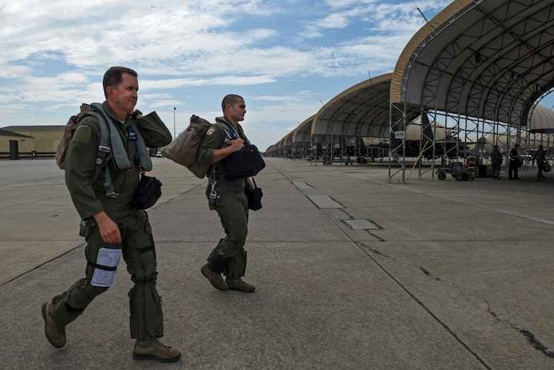 Col. Sage takes final flight as 4th FW commander