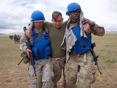 Alaska Army Guardsmen train in Mongolia to save lives