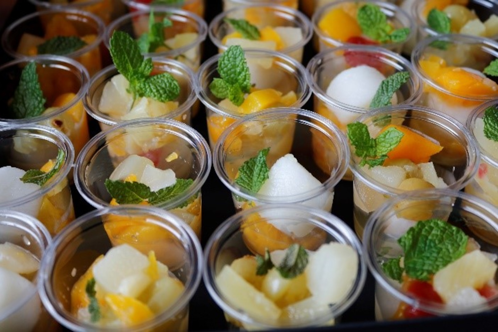 Attendees sampled traditional Japanese sweets, such as Matcha pudding (green tea pudding), Yokan (red bean paste jelly), Shiratama-dango (Japanese rice-flour dumplings with fruits) and barley tea, which is very popular in summer.