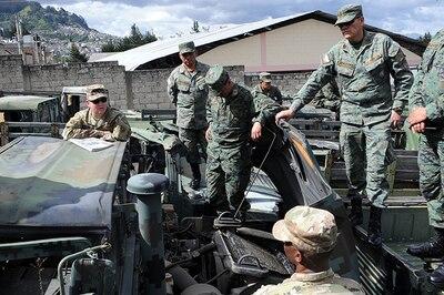 Kentucky Guard maintenance team visits Ecuadorian military