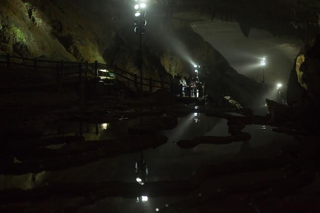 Iwakuni families explore cave, take voyage to safari land