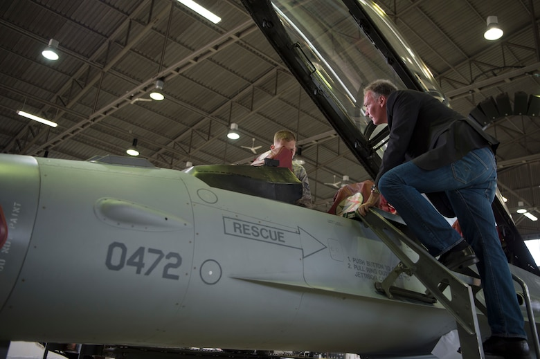 Steier's visit allowed him to gain a better understanding of how the 52nd Fighter Wing is organized.