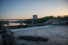 dam on river during sunrise