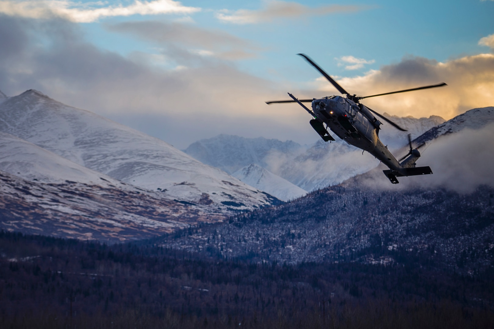 Alaska Air National Guard rescue crews save injured climber