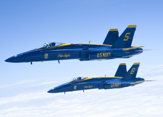 117 ARW Refuels U.S. Navy Blue Angels