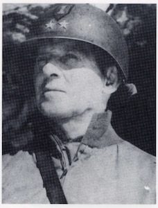 Photo of Lt. Gen. Clarence R. Huebner