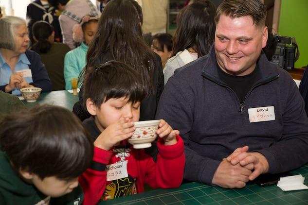 American, Japanese neighbors sip on cups of friendship