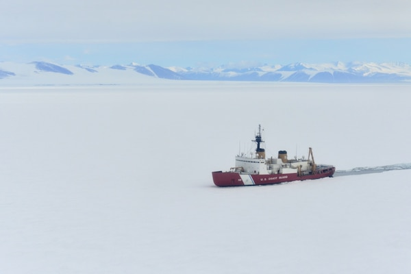 Port Hueneme's team supports annual Antarctic resupply mission