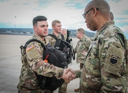 Army Reserve chemical Soldiers depart for yearlong deployment