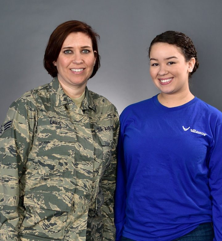 Mother, Daughter to serve side by side under 914th ARW