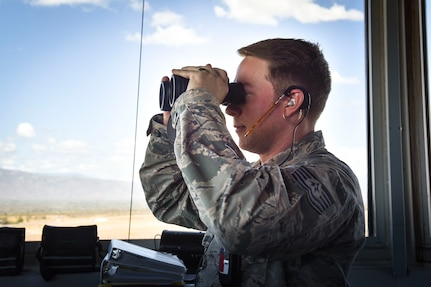 Operations Support Flight provides assistance during U.S., Central American static line jumps
