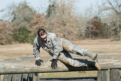 180301 Z CP585 399C - Face of Defense: Lone Female Competitor Battles for 'Best Warrior'
