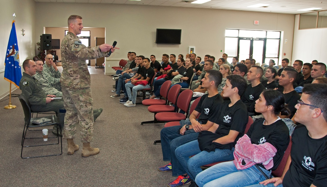 Capt. Jefre Potterbaum, 919th Special Operations Logistics Readiness Squadron acting commander, speaks to ROTC cadets from the University of Puerto Rico