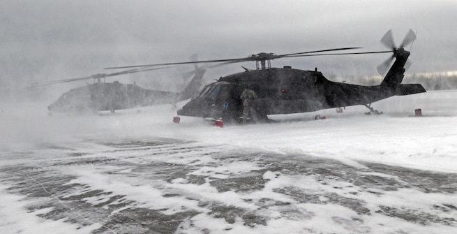 Alaska Guardsmen conduct operations in frozen Beaufort Sea