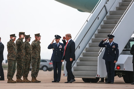 President of the United States visits MCAS Miramar