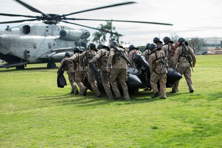 U.S. Marines and Sailors with the Basic Reconnaissance Course 2-18 conduct helocast insertion training aboard Naval Amphibious Base Coronado, California, March 8, 2018.  Helocast training is a graduation requirement which provides flexibility and maneuverability and will prepare students for basic recon insertion.