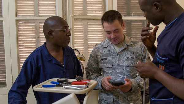 Vermont Guard members obtain medical experience in Senegal