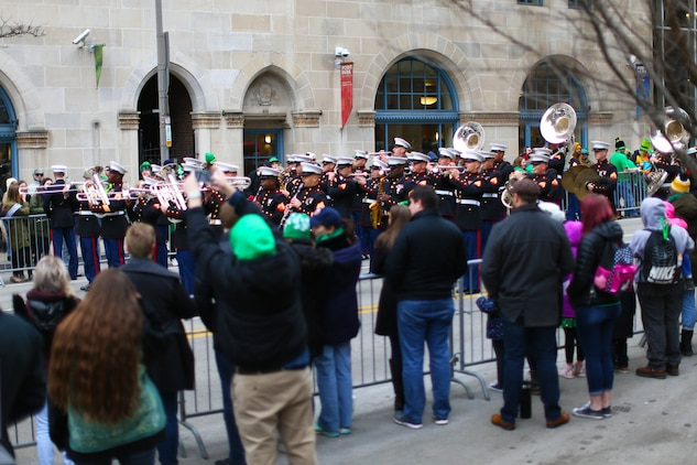 St. Patty's day in Pittsburgh: 3rd MAW band supports