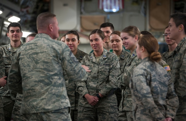 U.S. Air Force Senior Master Sgt. Byron Hayes, the career assistance advisor assigned to the 6th Force Support Squadron at MacDill Air Force Base, Fla., instructs Air Force Reserve Officer Training Corps cadets from Detachment 640 at Miami University, Ohio, March 19, 2018.