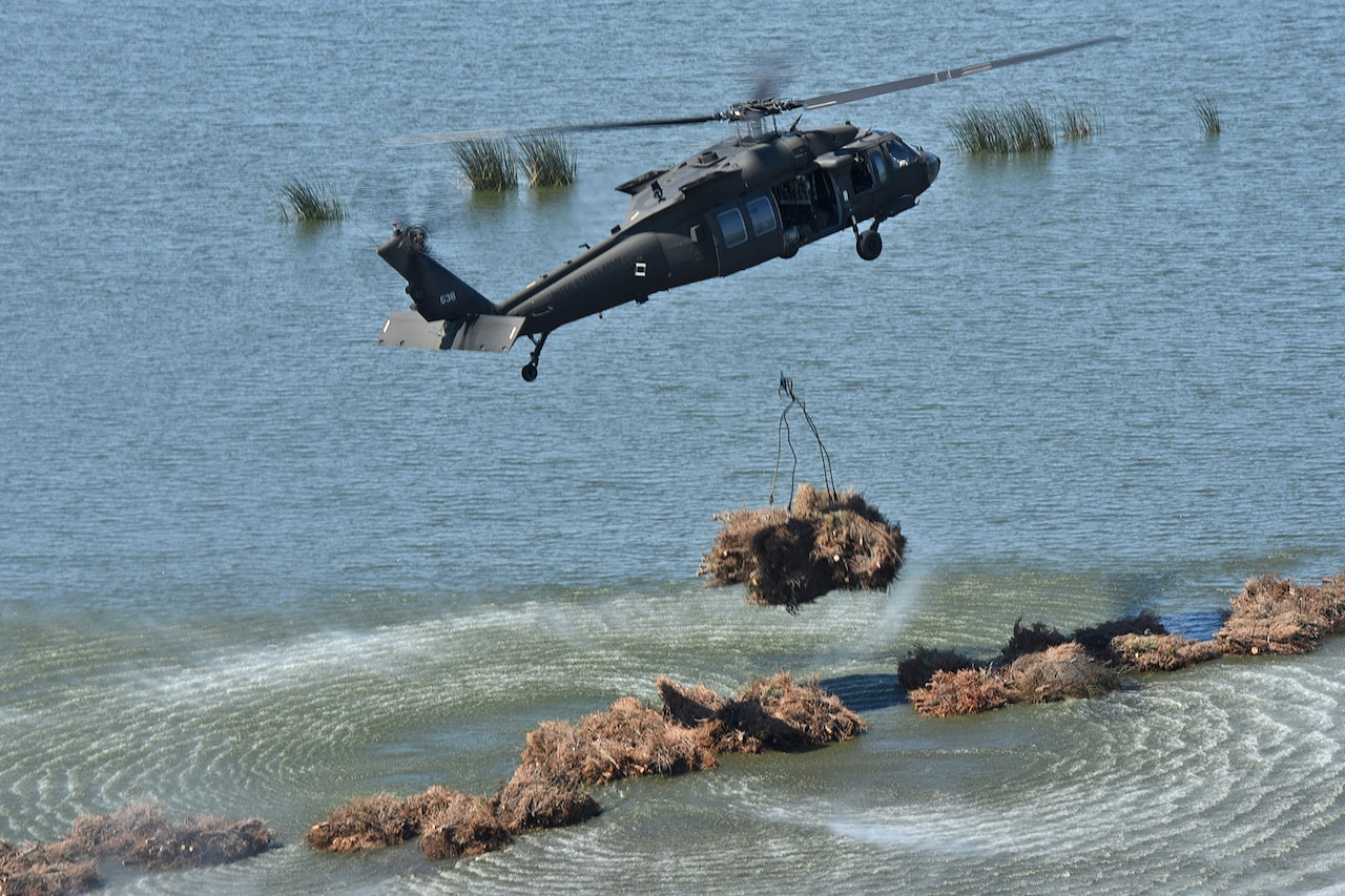 La. Guard helps combat coastal erosion in New Orleans