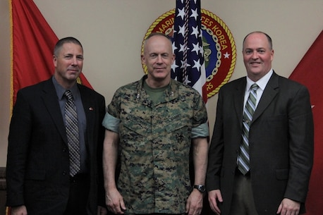 Maj. Gen. Patrick J. Hermesmann, commander of U.S. Marine Corps Forces Korea, meets with Tom Gallagher (right), director of the Naval Research & Development Program's Science Advisor Program, and Mark Buffum (left), the new science advisor for U.S. Forces Korea here, 21 March.  Gallagher, Buffum and Hermesmann discussed subject matter expertise provided by science advisor program experts. (Official U.S. Marine Corps photo by Sgt. Nathaniel Hanscom/Released)