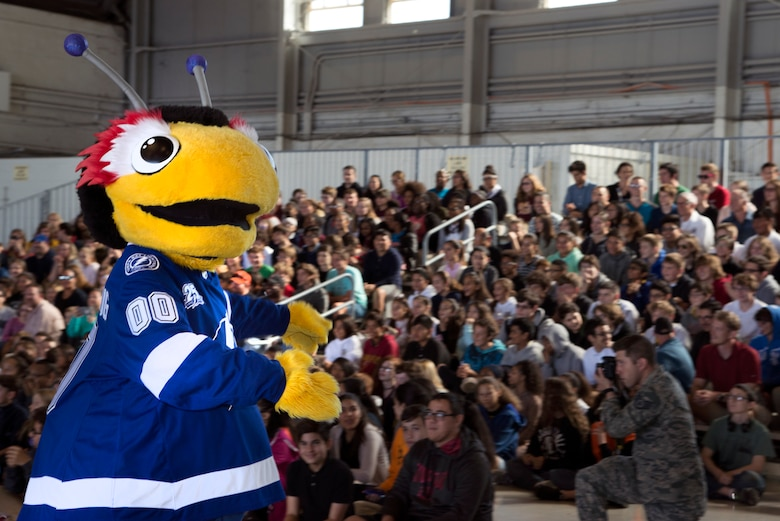 The Tampa Bay Lightning mascot, Thunder Bug, pumps up the crowd during the Science, Technology, Engineering, Arts and Math (STEAM) Day at MacDill Air Force Base, Fla., March 21, 2018.