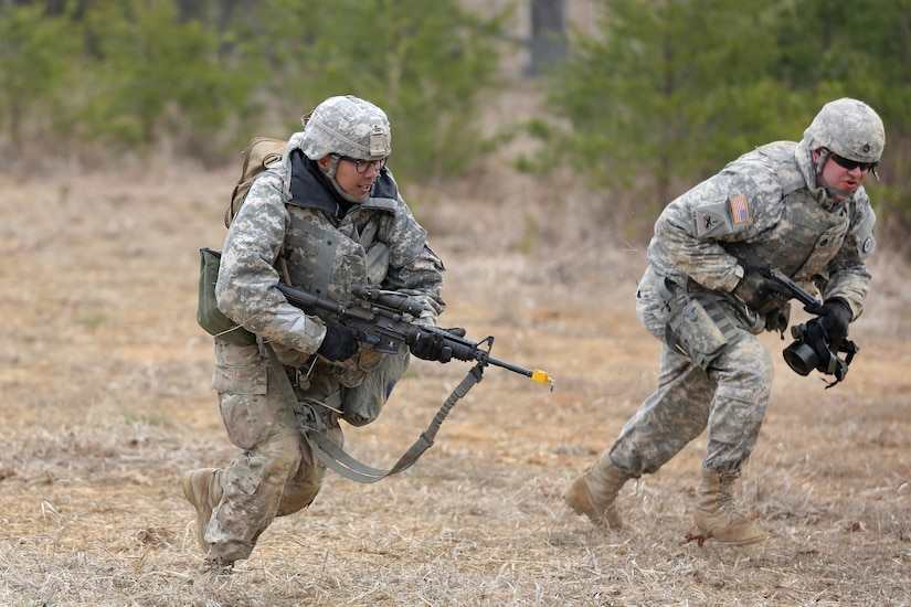 U.S. Army Reserve Soldiers, assigned to the 327th Quartermaster Battalion, based in Williamsport, Pennsylvania, conduct three-to-five second buddy rushes as part of their reacting to direct fire training, ahead of their lanes training validation, during Combat Support Training Exercise 78-18-03, at Fort Knox, Kentucky, Mar. 19, 2018.