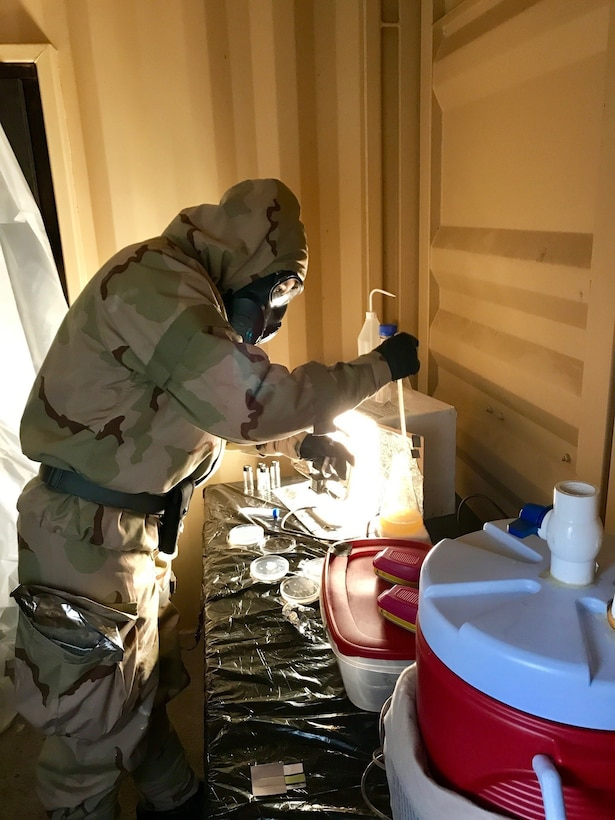 U.S. Army Reserve Soldiers support Airmen in CBRN exercise