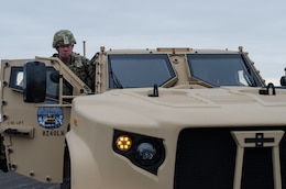 LTG Luckey observes training at Fort McCoy