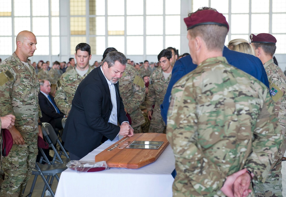 Wing pays tribute to fallen pararescuemen with memorial