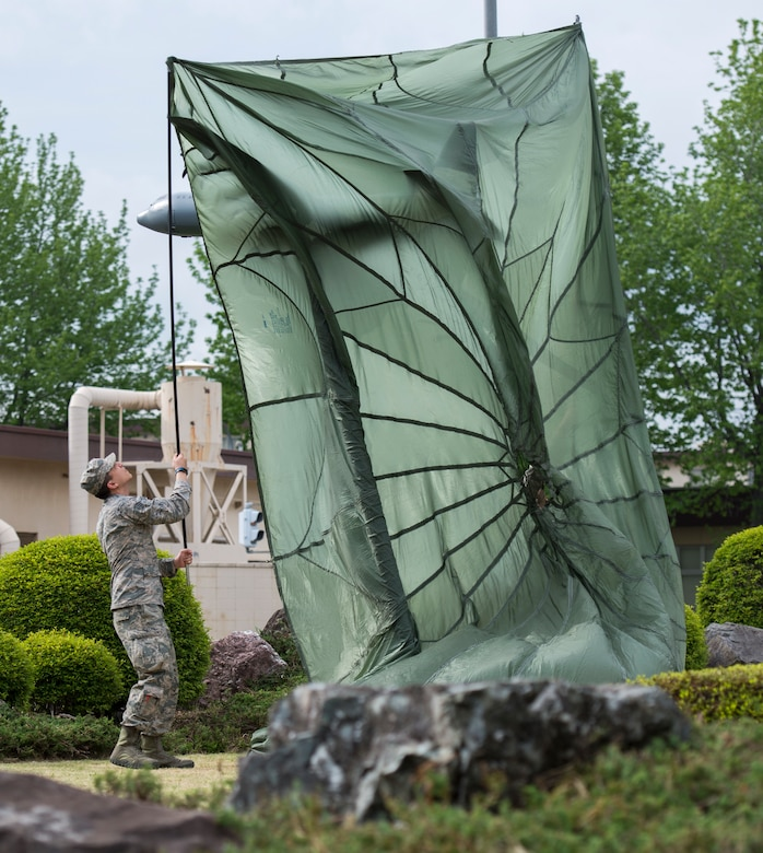 C-130 Statue Unveiling marks Fleet Complete
