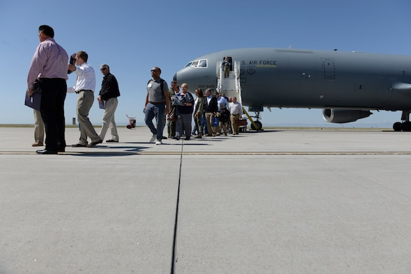 Members of the Seymour Johnson Military Affairs Committee arrive at Mountain Home Air Force Base, Idaho, April 26, 2018. The visit gave both Mountain Home AFB personnel and Seymour Johnson MAC members the chance to converse about similar issues that both base communities encounter. Because of this, the members learned better ways of working together to handle these situations. (U.S. Air Force photo by Senior Airman Chester Mientkiewicz)