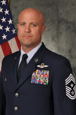 Official Photo of Chief Master Sergeant Randy L Kay.