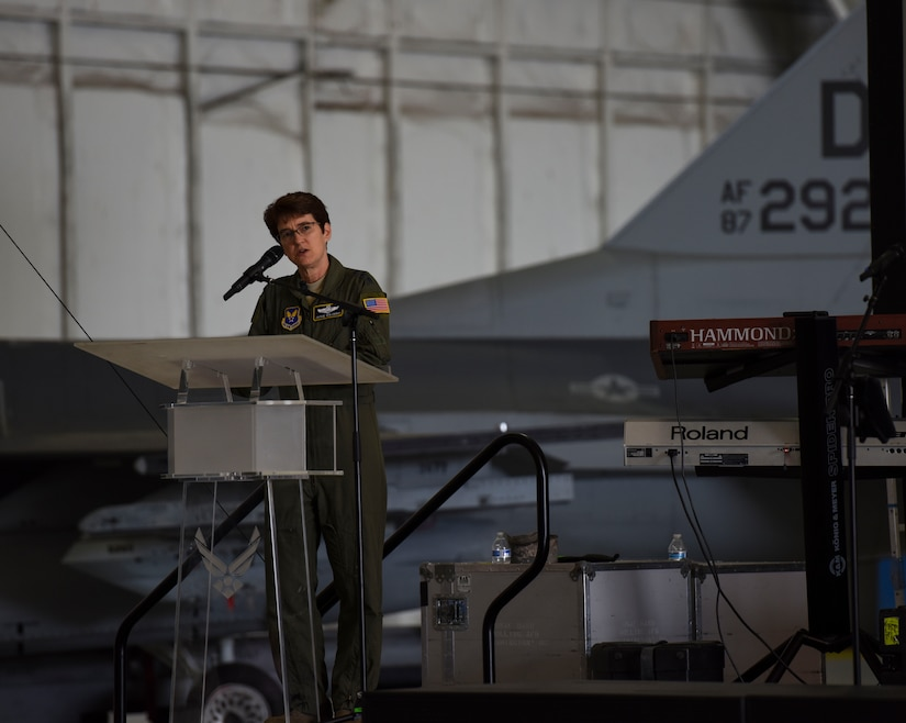 General speaks at event