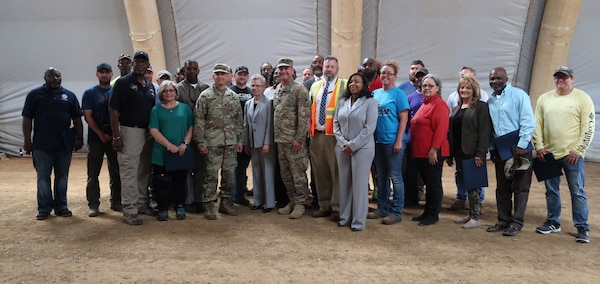 Laskodi presents Red River Expeditionary Team with Humanitarian Effort Awards