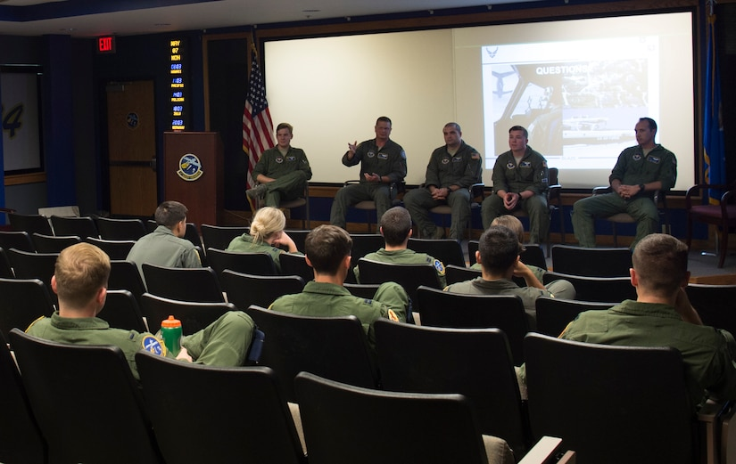 T-1A Jayhawk and T-6A Texan II jet trainer aircraft instructors from Columbus Air Force Base, Miss., speak to Joint Base Charleston pilots at the 14th Airlift Squadron on Joint Base Charleston, S.C., May 7, 2018.