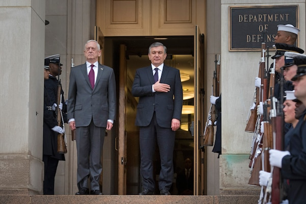 Defense Secretary James N. Mattis meets with Uzbekistani President Shavkat Mirziyoyev at the Pentagon, May 17, 2018. DoD photo by Tech Sgt. Vernon Young Jr.
