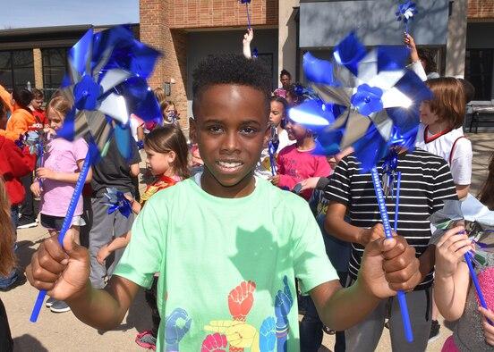Pinwheel Gardens and Blue Ribbon Trees raise awareness for child abuse