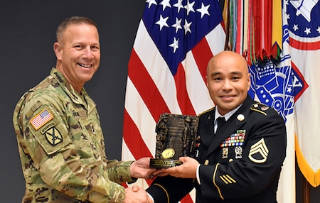 1st Recruiting Brigade NCO wins USAREC  Career Counselor of the Year
