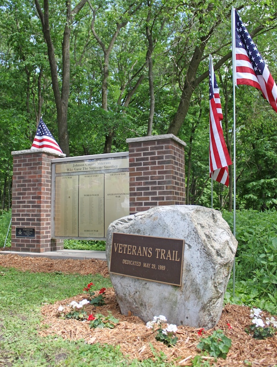 Coralville Lake Veteran's Trail