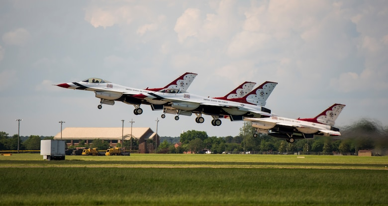 The U.S. Air Force Thunderbirds take off during Airpower Over Hampton Roads JBLE Air and Space Expo at Joint Base Langley-Eustis, Virginia, May 20, 2018.